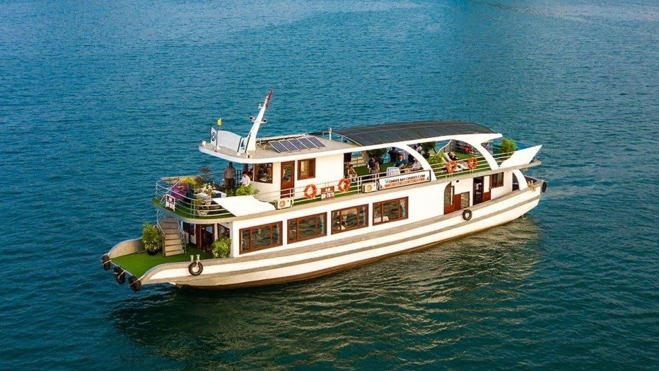 HALONG BAY LUXURY TOUR (1 DAY)