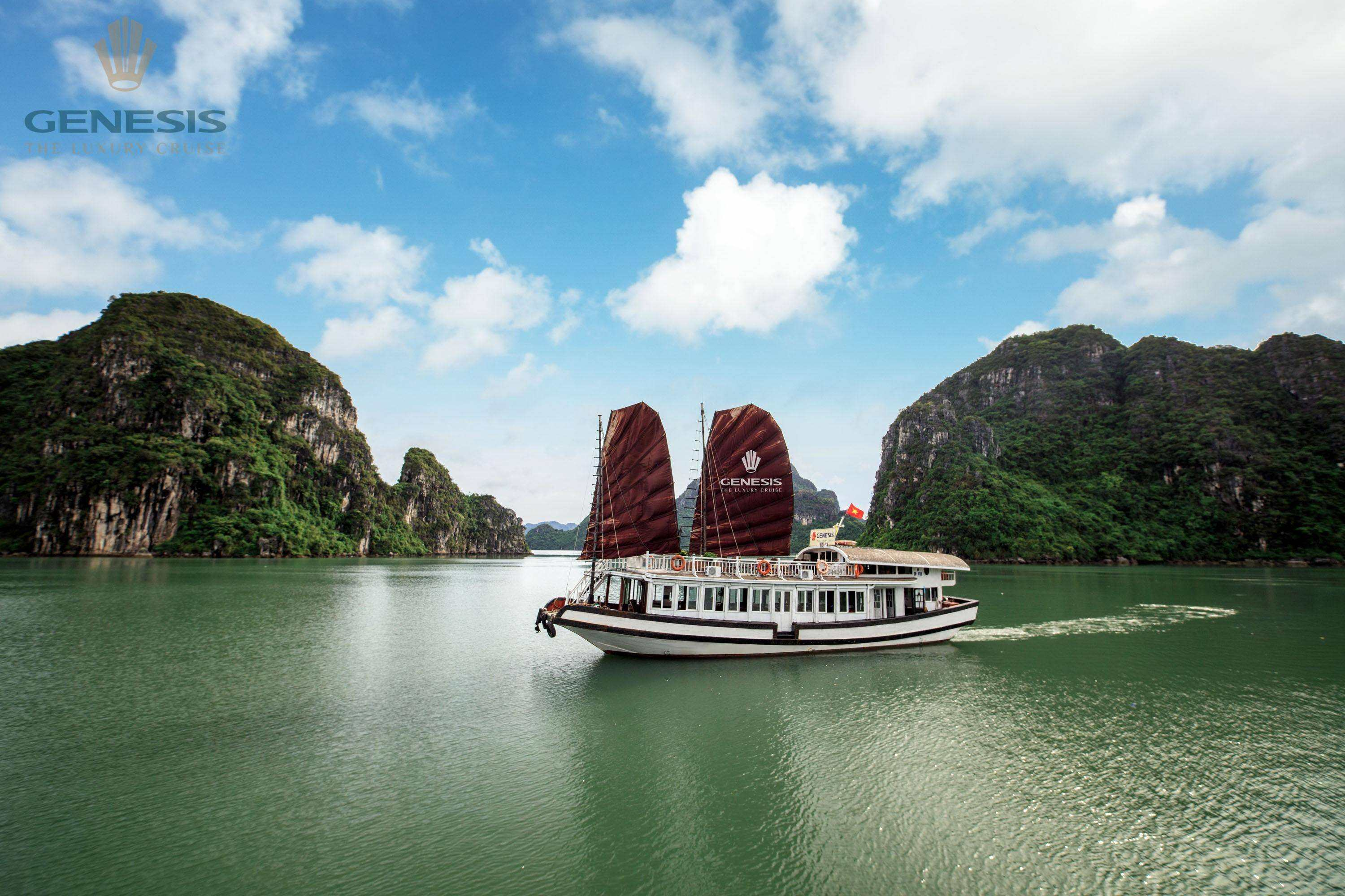 Small group tour Luxury Halong day tour