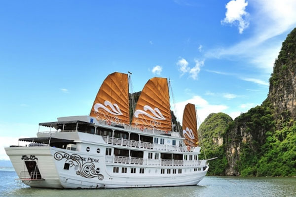 LUXURY PARADISE CRUISES - (2DAYS / 1NIGHTS - 3DAYS / 2NIGHTS)